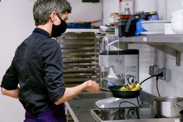 cheffe en cuisine