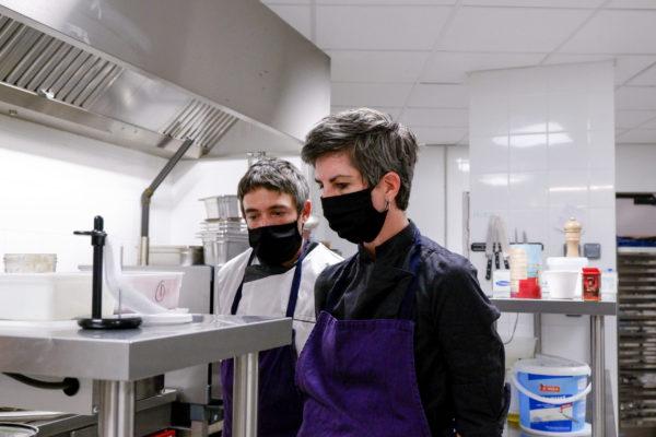 deux chefs cuisiniers